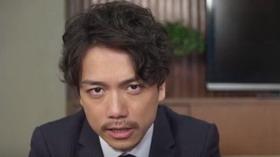 真野賢作役 山崎育三郎