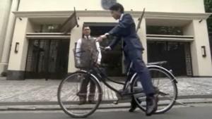 鮫島零治 石神剋則